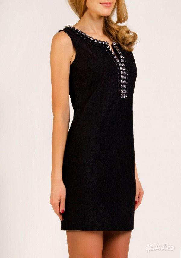 Черное платье с камнями фото