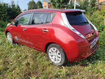 Nissan Leaf, 2013, с пробегом, цена 490000 руб.