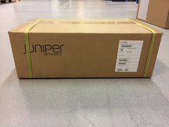 Новый маршрутизатор Juniper ACX4000base-DC
