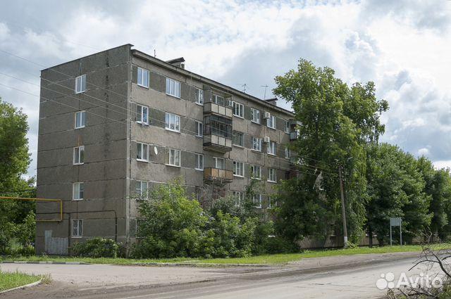 Продается трехкомнатная квартира за 1 400 000 рублей. Новокуйбышевск, Самарская область, Молодогвардейская улица, 7.