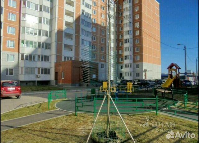 Продается двухкомнатная квартира за 4 550 000 рублей. Московская обл, г Чехов, ул Московская, д 110.