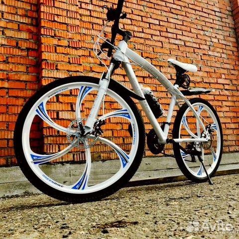 89527559801 Велосипед на литых дисках