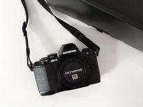 Камера Olympus OM-D E-M10