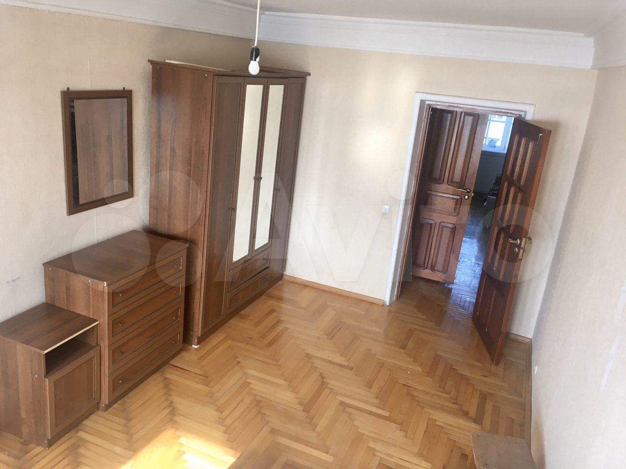3-room apartment, 85 m2, 4/10 FL.  89389001570 buy 10
