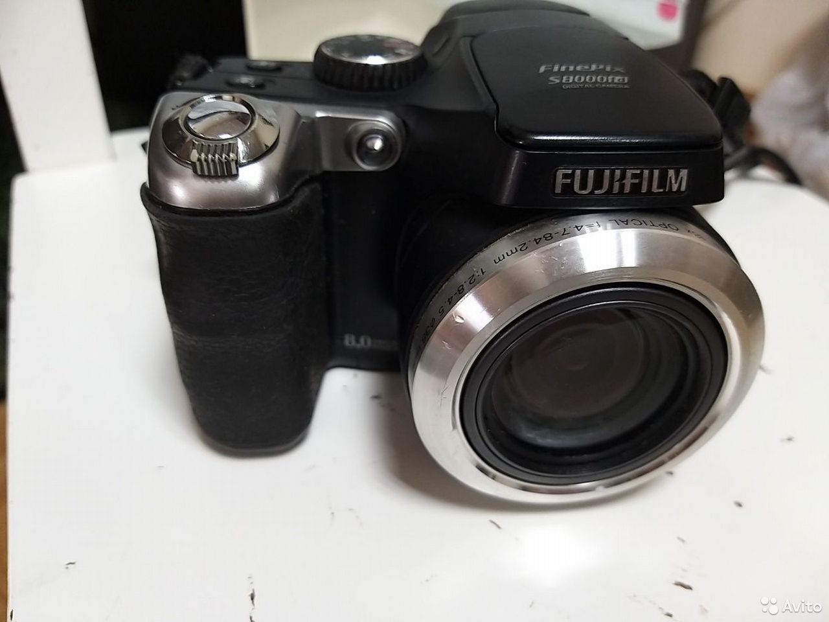 Компактный фотоаппарат Fujifilm 8000fd